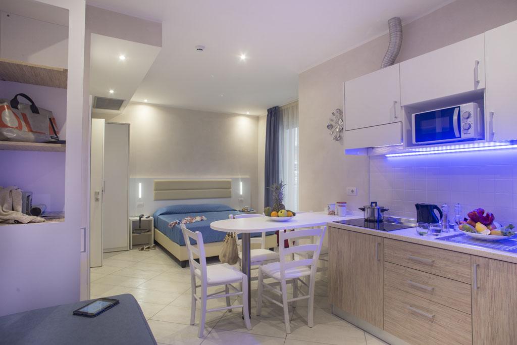Residence white appartamenti vicino al mare di bellaria for Appartamenti barcellona vicino al mare